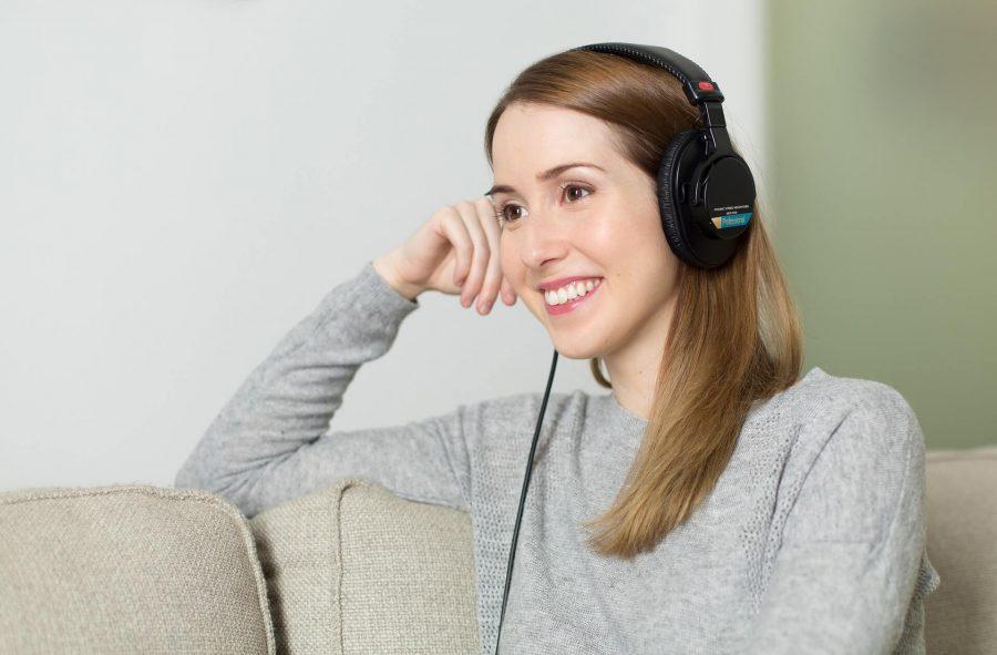 Listening to Ennora Binaural beats